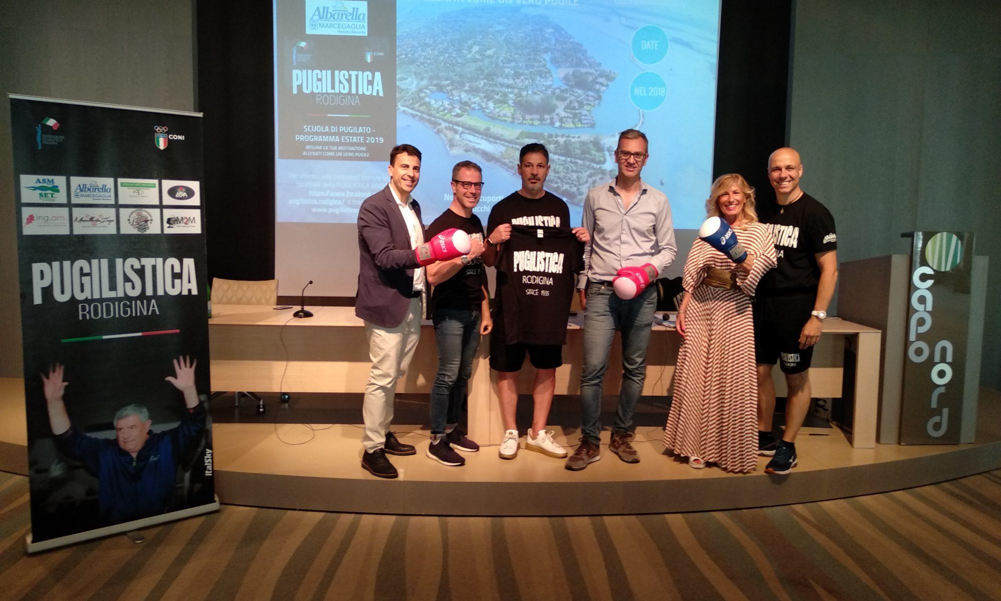 La foto di gruppo del secondo trofeo Isola di Albarella